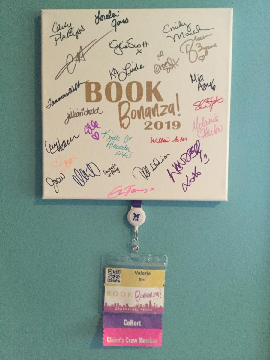 My signed canvas from Book Bonanza 2019!